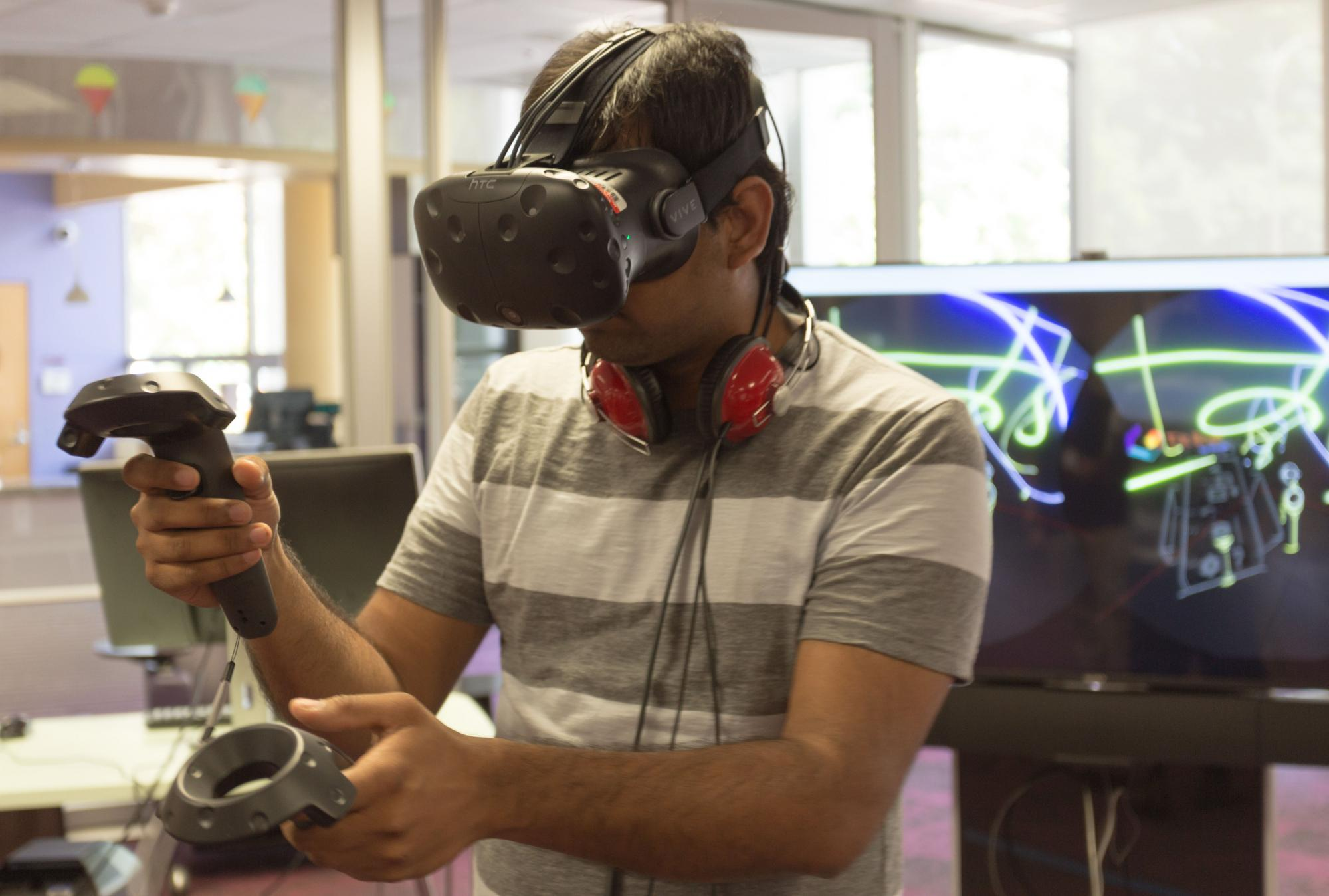 Student using the virtual reality headset