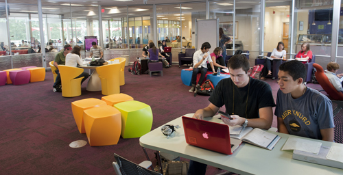 Students studying like their life depended on it in the Hill Fishbowl