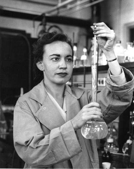 Professor Frances (Billie) Richardson was named a Fellow of the American Institute of Chemists in 1969.