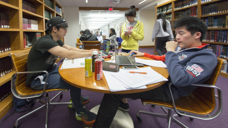 Students in the Hill Library Learning Commons