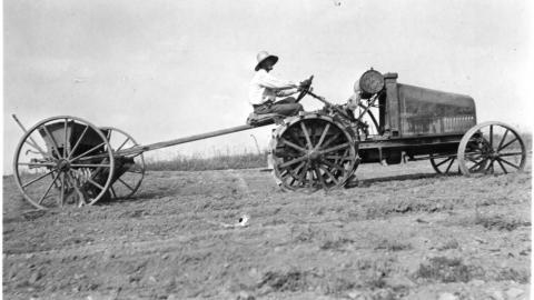 A tractor used in Raleigh, June 1918