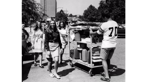Students moving in on campus, 1973.