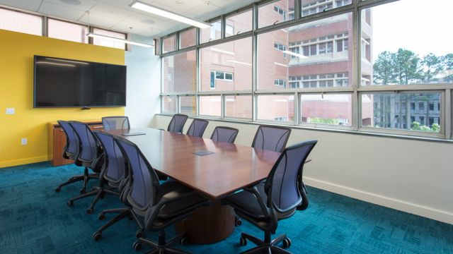 hill-faculty-conference-room-01.jpg