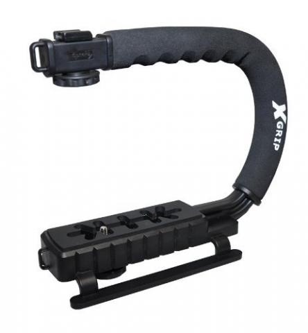 U-shaped camera grip and mount
