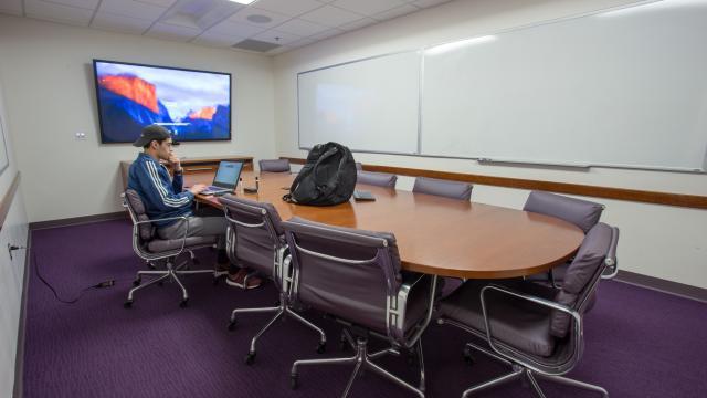 Graduate Student Seminar Room