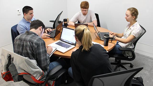 Group Study Rooms - Medium